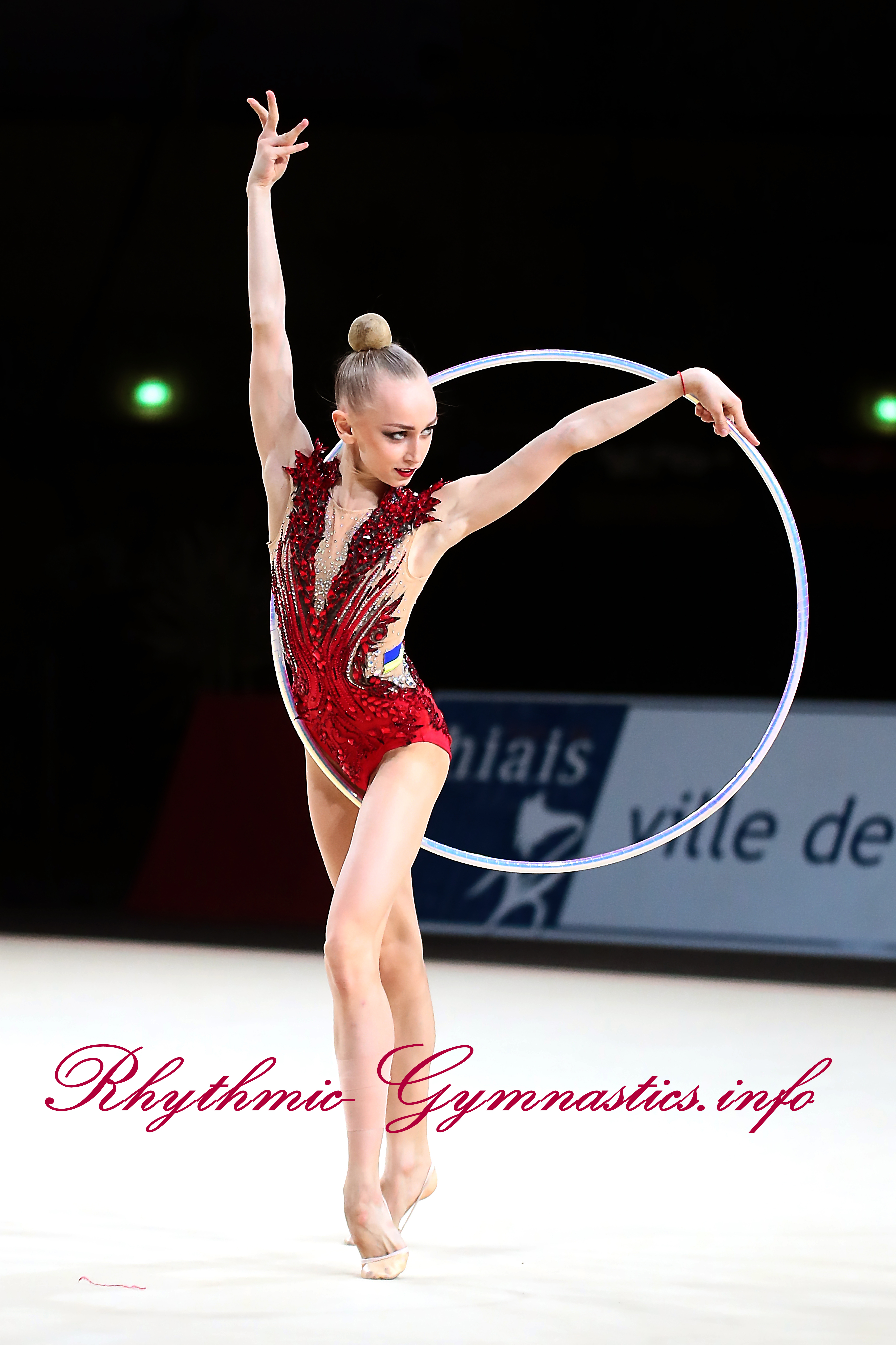 Viktoriia Onopriienko4